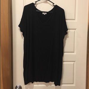 Piko black v-neck short sleeved tunic top - Medium